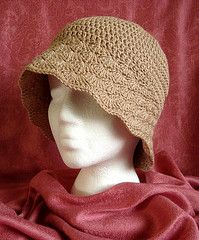 Shell Brimmed Cloche free #crochet #hat #pattern.. just made this one in dark brown. Going to add a hot pink flower to the side.