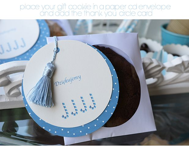 Ssimple wrap for your chocolate cookie and  decorate with free downloads cards:)