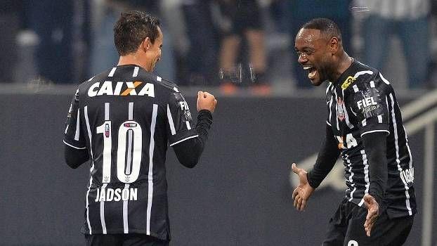 O @Corinthians tá longe de brilhar. A diretoria arrebentou o elenco e ainda assim a equipe tem vencido partidas.