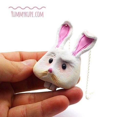 Go Rabbit , Asosyal Tavşan Kolye Sorrpa'da!