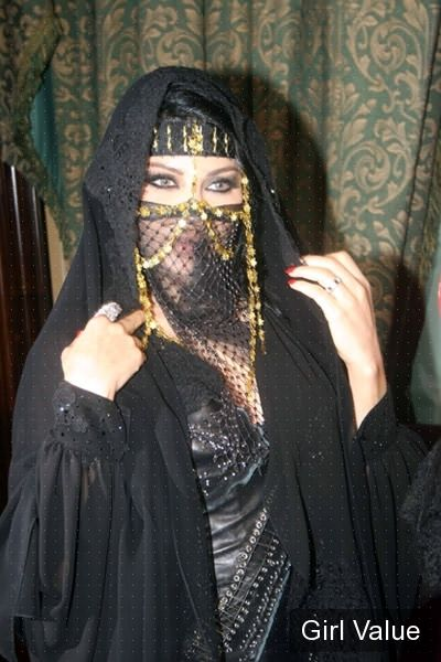 "{""token"":""2056""} - haifa wehbe wearing black hijab niqab photos"