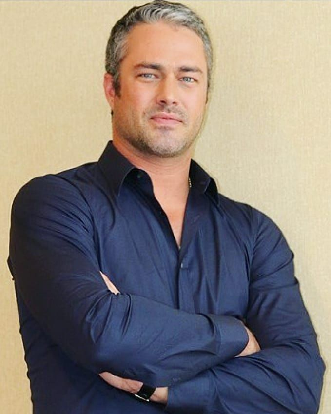 #taylorkinney #photoshoot #manchrusheveryday 💙💚💛💜 | Taylor ...