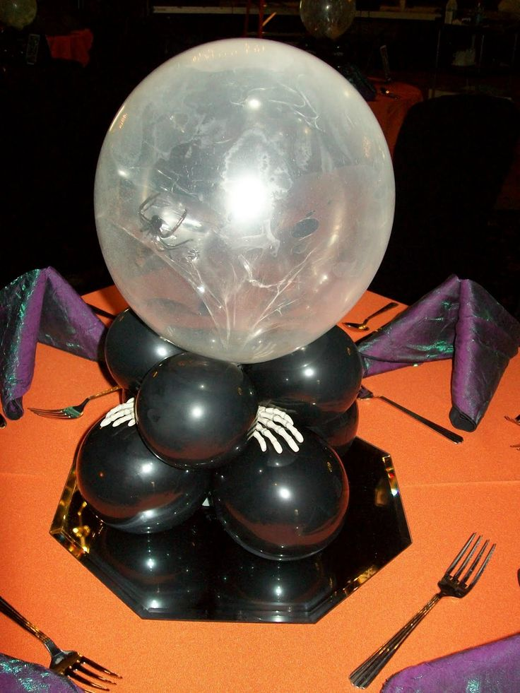 People Decorating For Halloween 648 best balloon halloween figures, decorations images on