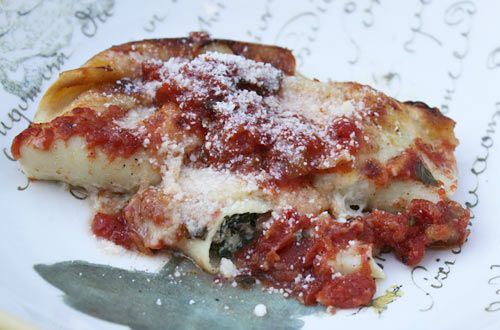 This might be my favorite site for Italian! Veal & Spinach Cannelloni that melts in your mouth!