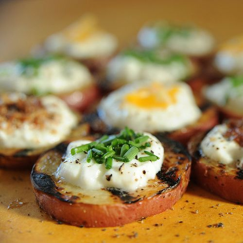 Baked-Potato Style Grilled Potato Rounds