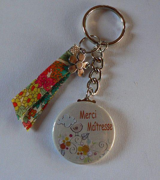 Porte-clés, Badge Porte clés 38mm Merci Maîtresse Liberty. est une création orginale de L-artisAnne sur DaWanda