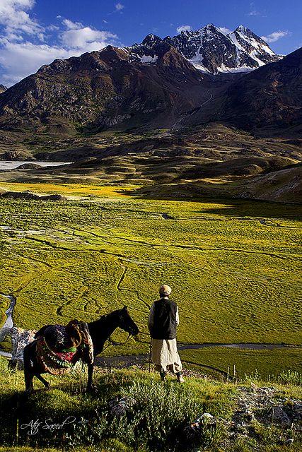 Overlooking Karamber Pass in Gilgit, Pakistan (by M Atif Saeed)