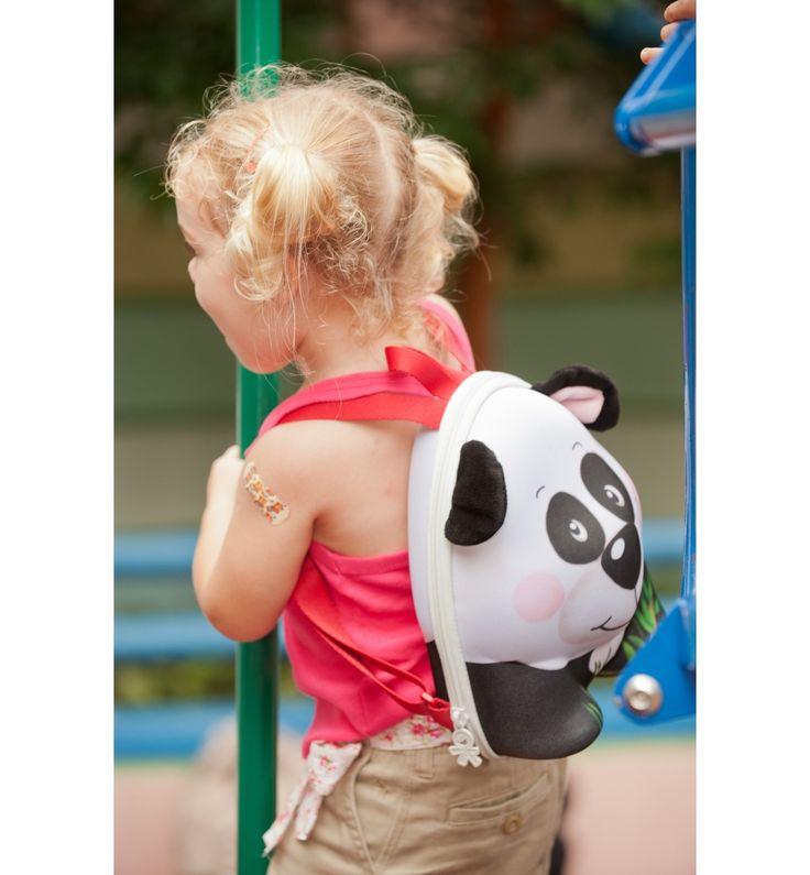 Wildpack Backpack Panda2 #baby #children #shop Okiadog Wildpack  Rp 249.000 Backpack Panda adalah backpack stylish untuk anak usia 2-4 tahun yang didesain unik dan water resistant dalam fun 3D Panda character dengan adorable face, plush ears, dan adjustable shoulder straps, serta dilengkapi interior write-on name tag dan interior mesh pocket untuk membawa pakaian perlengkapan si kecil saat bepergian. Message us to order