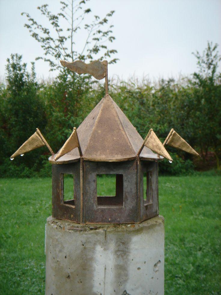 "Eva Luijkx, ""Kiosk"", bronze"