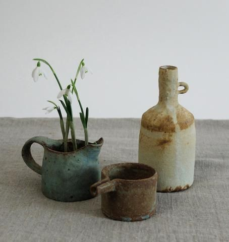 Nobue Ibaraki from Tajimi Japan, a unique handmade collection. With a glaze that envokes buried treasure. We are delighted to introduce Nobue Ibaraki to the UK.