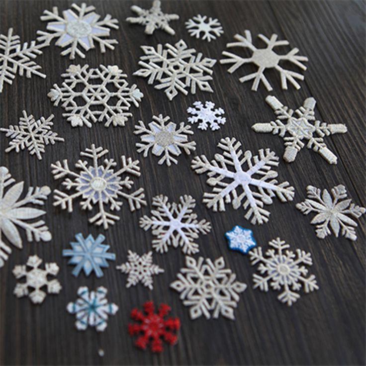 Бесплатная доставка новый 10 шт. смешанные снежинка вышитые железа на патчи рождественские украшения одежды аппликации поделки аксессуар A169 купить на AliExpress