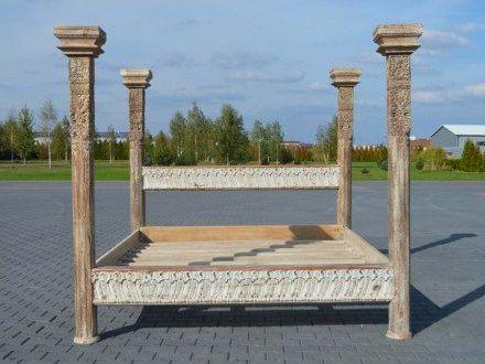 Marzy Wam się #łóżko z baldachimem? Wasze marzenie może się spełnić, bo w naszym sklepie znajdziecie takie łóżko: http://www.indianmeble.pl/lozka/indyjskie-drewniany-lozko-baldachimem-hs-36-077a :) #łóżka, #baldachim