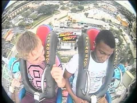 This guy passes out from fear from a ride. HILARIOUS! YOU HAVE TO WATCH IT! #Fail http://bit.ly/1pgmBZy
