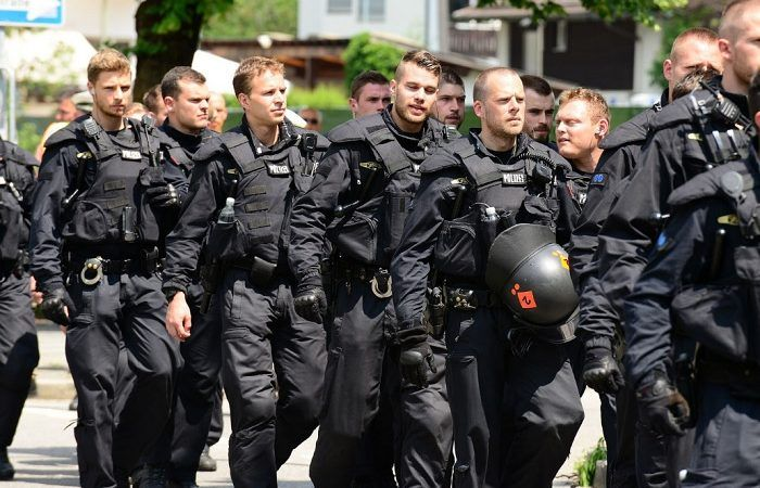 SPD-Abgeordneter verhöhnt Polizeibeamte – Metropolico