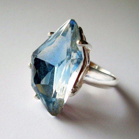 Reykjavik ring - sterling silver, vintage glass