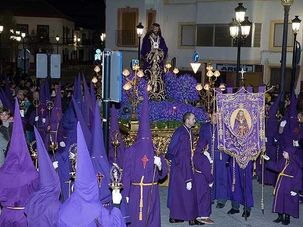 Con gran solemnidad, recogimiento y sobriedad Pedro Muñoz celebra su Semana Santa, una de las fiestas con mayor tradición de la localidad.