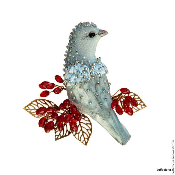 Купить Брошь «Птица цвета деним на ветке барбариса».Текстильная брошь-птица. - брошь птица