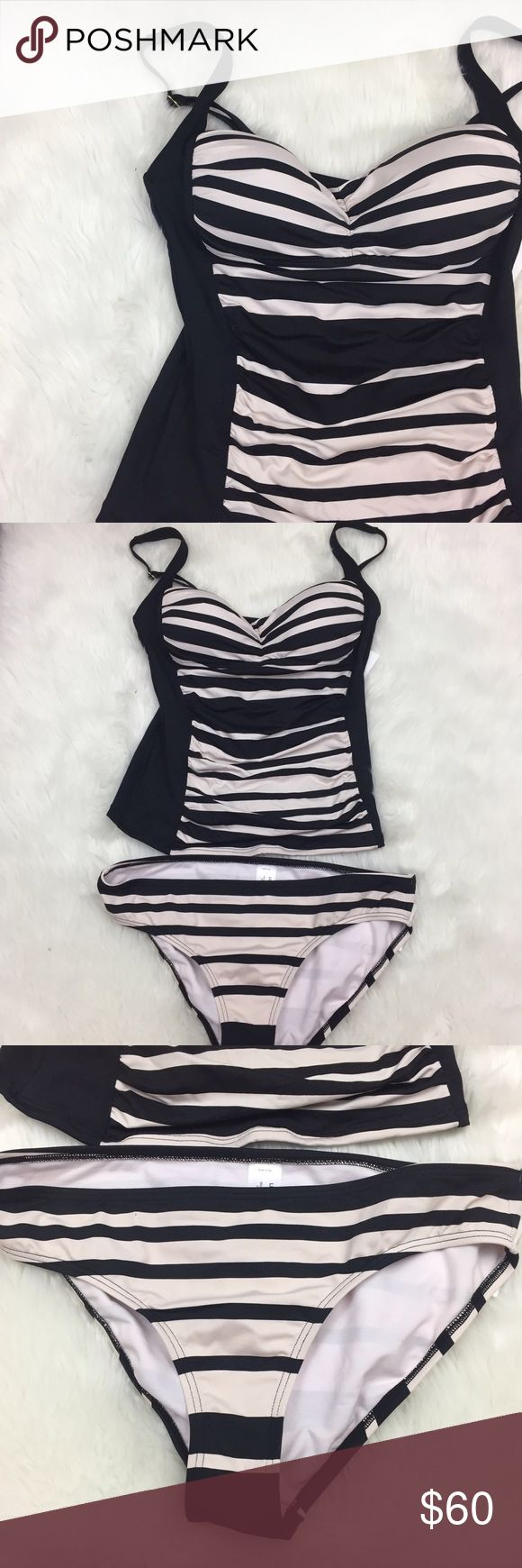 ⛱Liz Claiborne Ivory Black Striped Tankini Liz Claiborne Women's Ivory Black Striped Tankini Swimsuit Size 12  This is new with tags.  This has never been worn. Please refer to photos for more details. Liz Claiborne Swim Bikinis