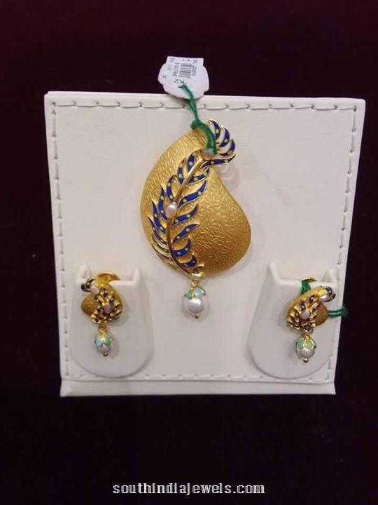 22k gold designer pendant set with earrings