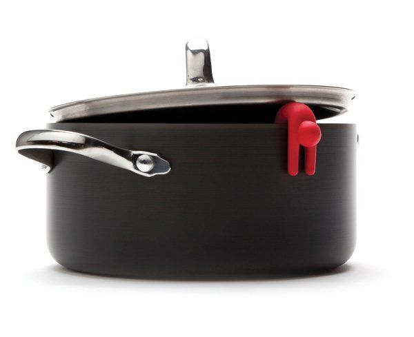 The Kitchen Gift Co - Lid Sid - Pack of 2, £8.95 (http://www.thekitchengiftco.com/lid-sid-pack-of-2/) #kitchengift #kitchengadgets #gadgets #kitchen #red