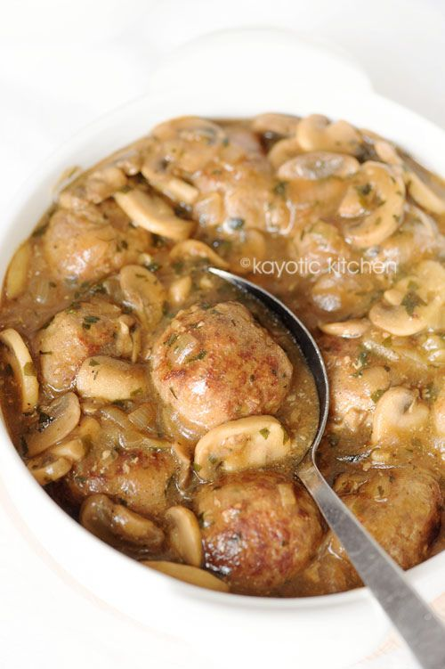 Pulpety w sosie grzybowym // Meatballs in #Mushroom Sauce #recipe #restaurant #Cracow