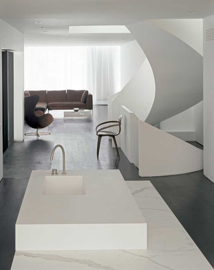Russel Hill Road house in Toronto by gh3
