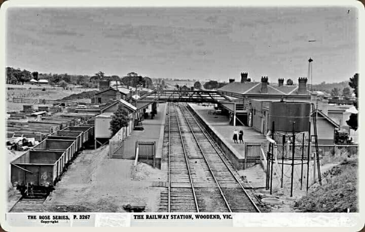 Woodend Railway Station in Victoria (year unknown).