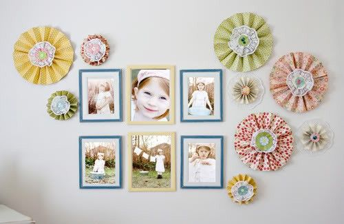 I've got a thing for paper rosettes!Wall Art, Home Girls Room, Photo Walls, Photos Wall, Fun Ideas, Gallery Wall, Pictures Wall, Paper Rosette, Girl Rooms