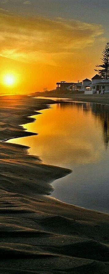 sunset reflection #by Christine Zambelli   -- www.pinterest.com/pin/357121445435902147/