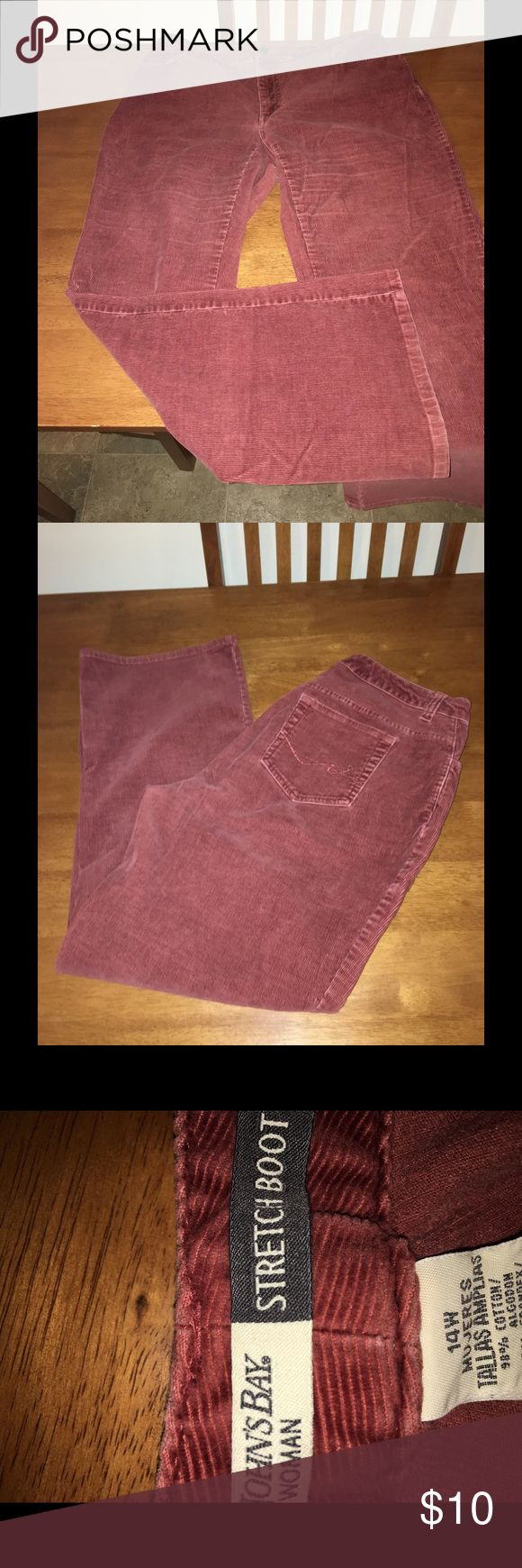 St. John's Bay Stretch Boot Corduroy Pants Sz 14 Rust colored corduroy pants.  Stretch Bootcut.  From St John's Bay.  Size 14.  Excellent condition.  Important:   All items are freshly laundered as applicable prior to shipping (new items and shoes excluded).  Not all my items are from pet/smoke free homes.  Price is reduced to reflect this!   Thank you for looking! St. John's Bay Pants Boot Cut & Flare
