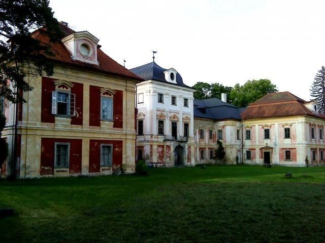 Zámek v Dolní Lukavici byl vykraden >>> http://plzen.cz/zamek-v-dolni-lukavici-byl-vykraden/  #Krimi #Plzeň #krádež
