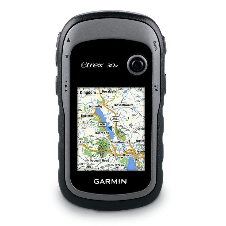 GPS de mano con brújula de tres ejes, pantalla mejorada y mapas preinstalados. eTrex 30x es una versión mejorada del popular eTrex 30, con una resolución de pantalla mejorada y memoria interna ampliada con capacidad para un mayor número de mapas. El mapa TopoActive preinstalado de Garmin es compatible con una gran variedad de actividades al aire libre, como senderismo, geocaching, ciclismo, montañismo y pesca, ofreciendo experiencias mejoradas. eTrex 30x dispone de funciones mejoradas con…