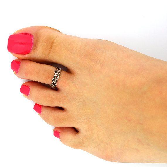 Vintage look sterling silver toe ring butterfly  toe ring adjustable toe ring Also knuckle ring (T-27)