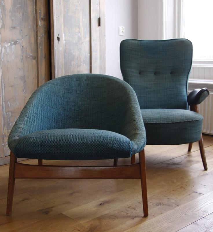 2 prachtige design fauteuils van het merk Artifort uit de jaren 50, ontwerp van designer Theo Ruth. Zeer leuke vintage/retro/50s/60s stoelen voor een liefhebber van design! Bieden is voor de set en kan via info@daspasdesign.nl.   -  Kan worden opgehaald in Loppersum of door koerier worden bezorgd!