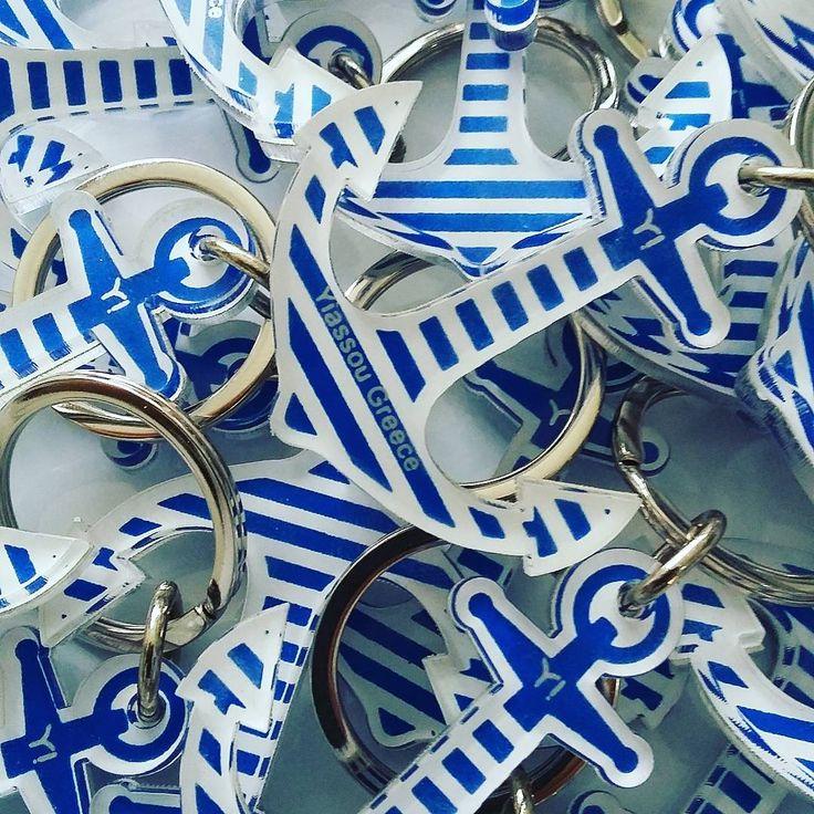 #plexiglass #keychain for @yiassougreece  #yiassou #navy #anchor #blue #screenprint #silkscreen #lazercut #greekdesigners #souvenirs from #greece #photooftheday #handmade #handprint #handcraft