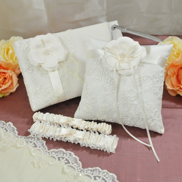 Vintage Lace Wedding Collection