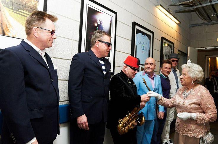 Madness at 02 Arena, con la Regina Elisabetta 14/12/2012