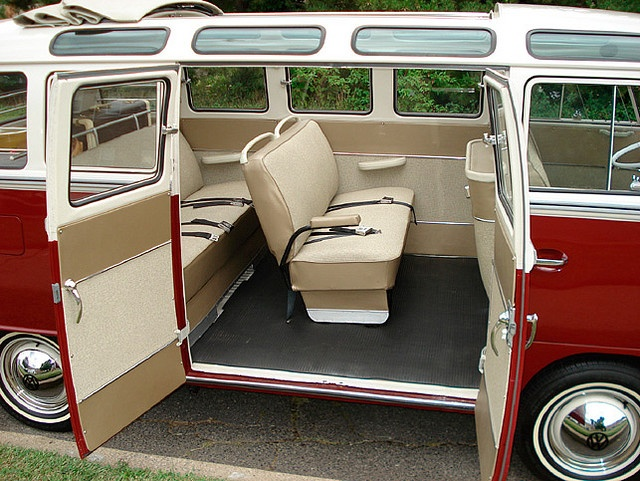 1967 21 window split screen micro bus these iconic buses for 18 window vw bus
