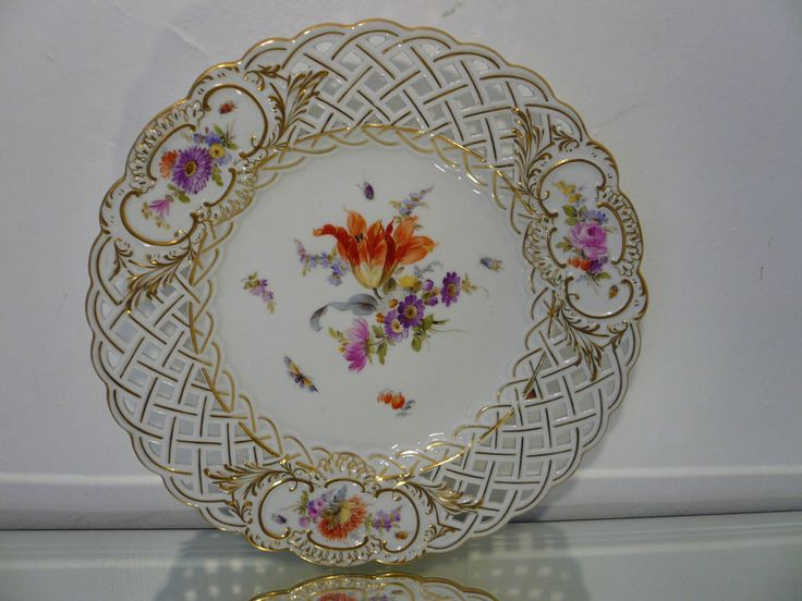Vtg Antique Meissen Reticulated Porcelain Gilded Floral Insects Plate 8  Marked #Meissen & 108 best Meissen images on Pinterest | Porcelain Blue and white and ...