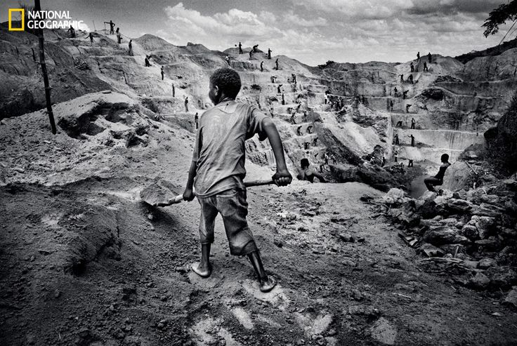 Marcus Bleasdale's Shocking Photos Reveal the Ugly Truth Behind Smartphone Manufacturing
