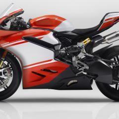 La Ducati 1299 Superleggera è la reginetta di Borgo Panigale ad Eicma 2016