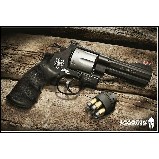 Smith & Wesson mod. 329 PD Air Lite .44 Magnum