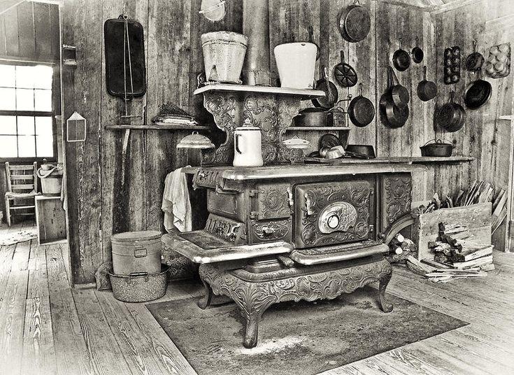 Google Image Result for http://images.fineartamerica.com/images-medium-large/grandmas-house-patrick-m-lynch.jpg