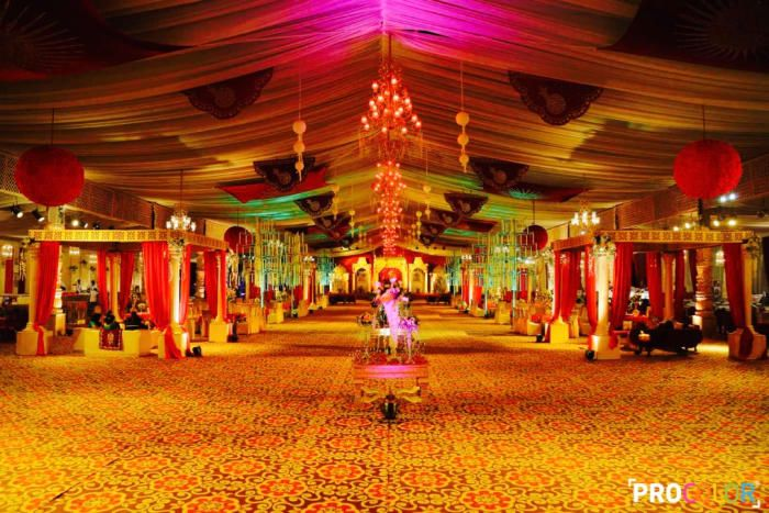 Decoration Ideas - The Grand Wedding! Photos, Punjabi Culture, Beige Color, Decoration, Jhoomer, Wedding pictures, images, Vendor credits - WeddingPlz