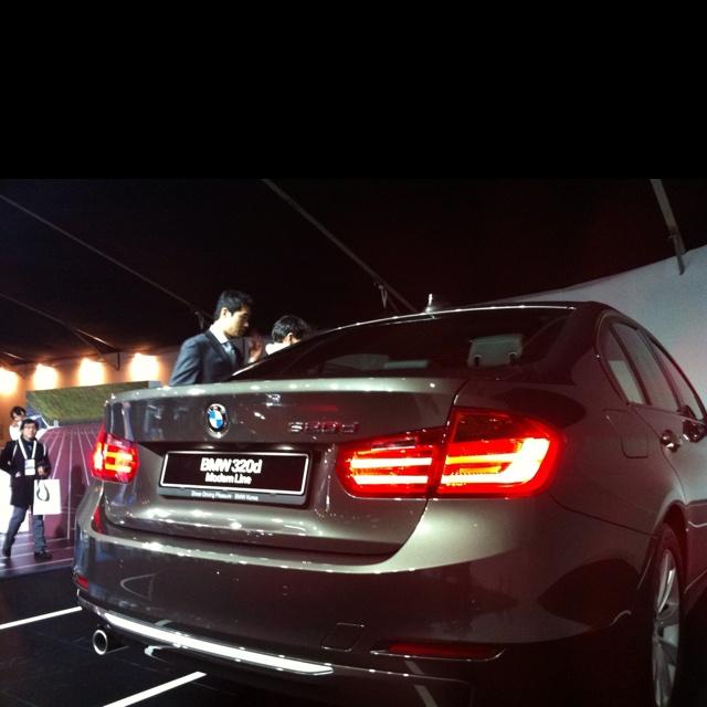 BMW 320d modern line..