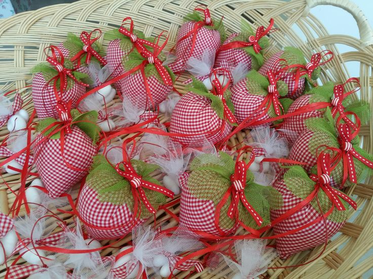 Making strawberry themed baptism favors! #strawberry #favors #bombonieres #partyfavors #greece #precioussndpretty