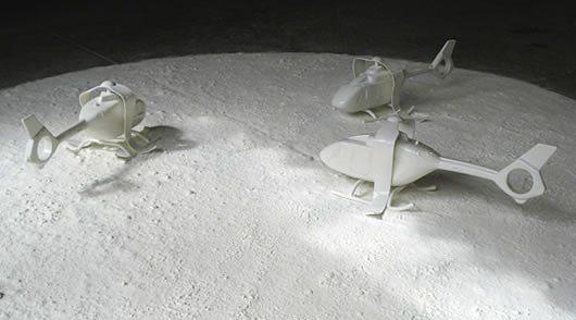 Maud SCHNEIDER Switch, 2008, porcelaine de coulage émaillée, cuisson 1200°C, diamètre 150cm