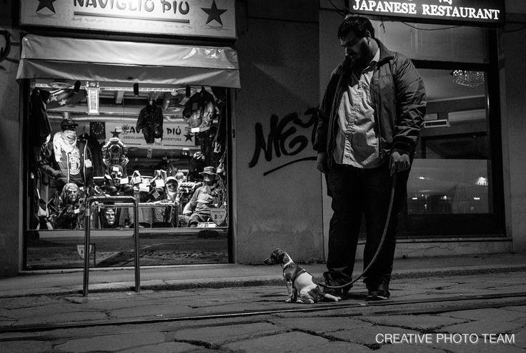 https://flic.kr/p/FubHtp   Friends    --  FRIENDS --  , Milano, Navigli District. , Italy . More that day streetphotos here goo.gl/nHJw5j