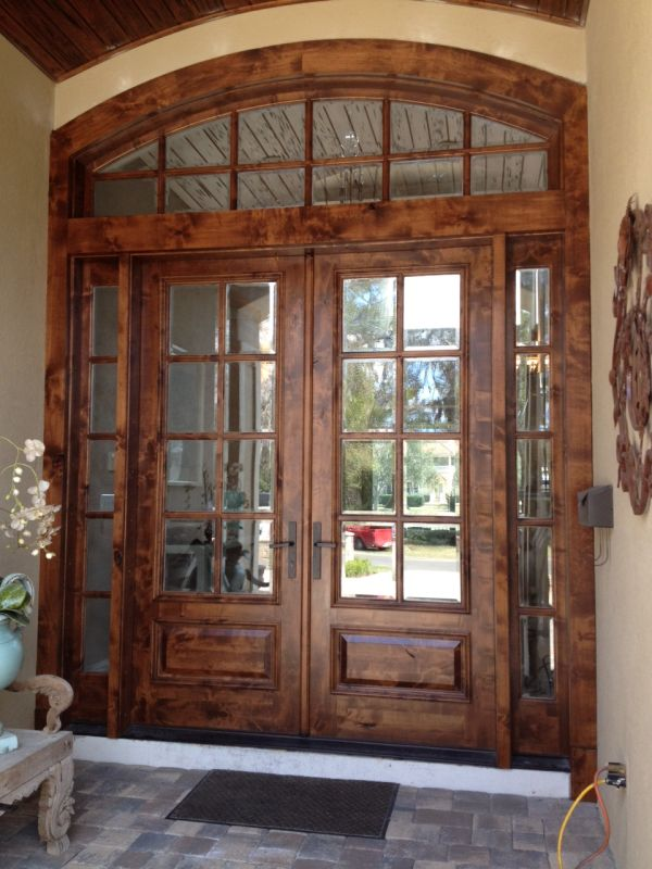 Best 25 solid wood front doors ideas on pinterest wood for Decorative entrance doors