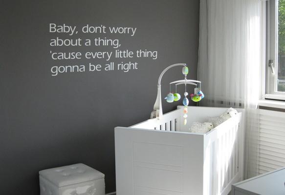 Babykamer Decoratie Ideeen : Mooi op de muur eigen tekst Babykamer ...